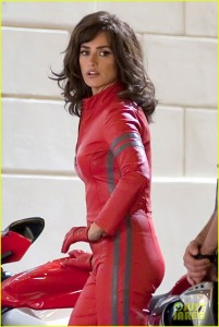 penelope-cruz-goes-back-to-work-on-zoolander-2-11