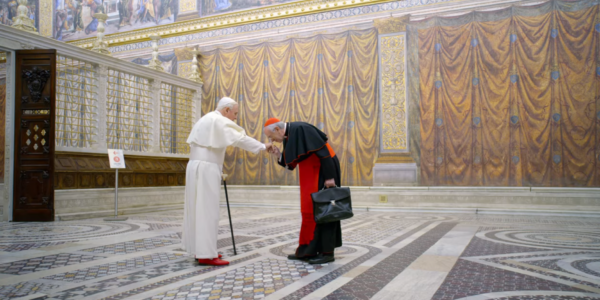 I due papi | Vademecum per la libera educazione dei giovani